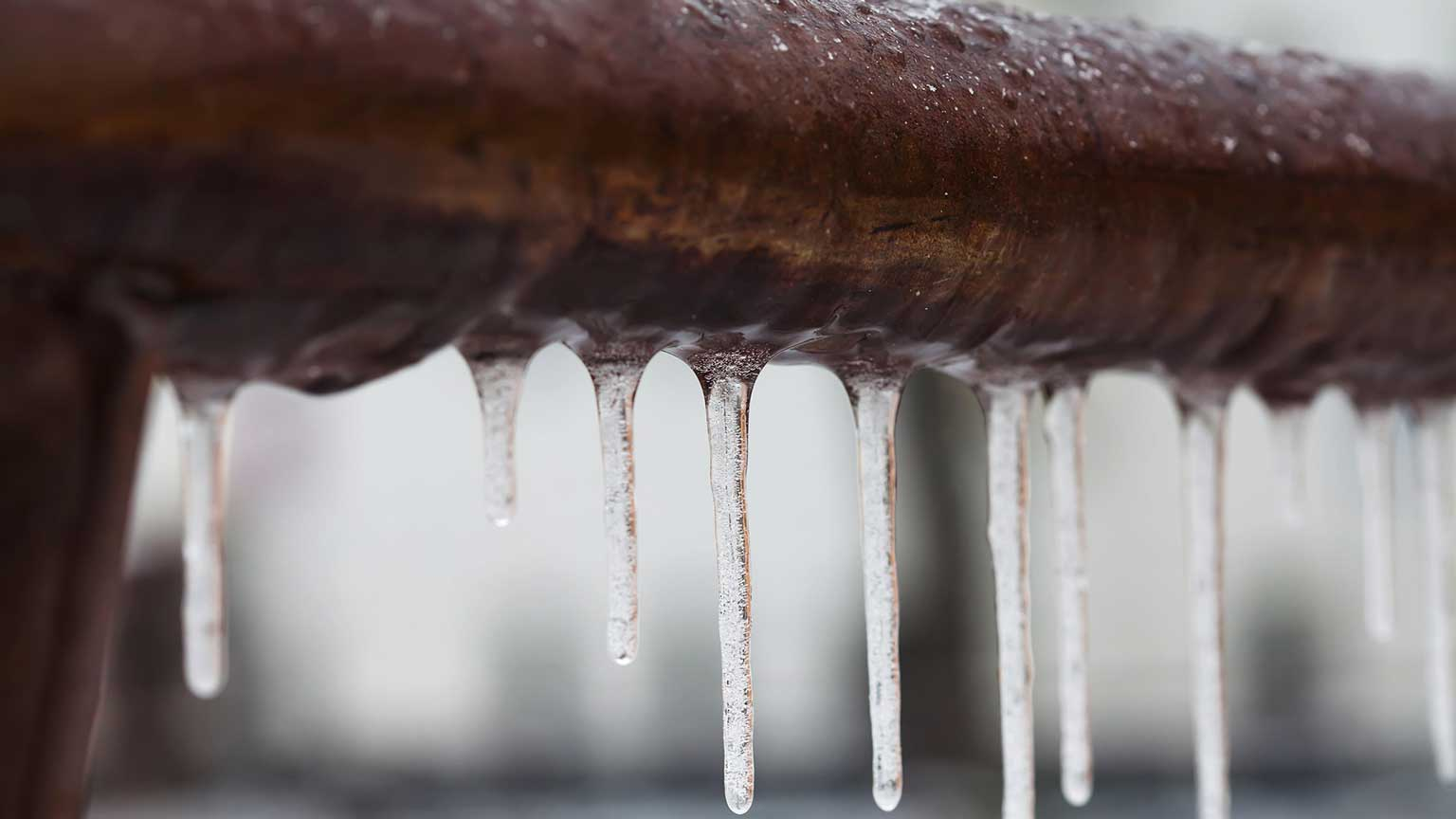 How to Avoid Frozen Pipes This Winter